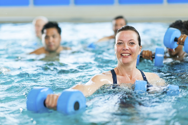 Фото: как похудеть в бассейне
